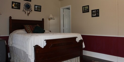 carriage_house_caddo_room